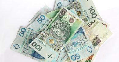 Jak obliczyć i kiedy wypłacić ekwiwalent urlopowy