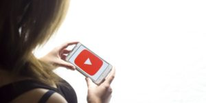 Gwiazda Internetu – czy warto jest inwestować swój czas?